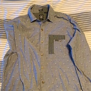 Mens Volcom Buttom Down Shirt